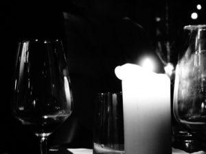 Zurücklehnen und ein Glas Wein geniessen